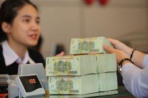 Nhiều ngân hàng được nới room tín dụng
