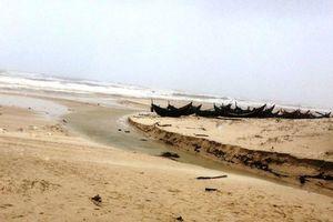 Quảng Bình: Phát hiện thi thể không còn nguyên vẹn trôi nổi trên bờ biển