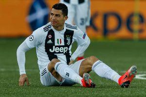 Ronaldo mờ nhạt, Juventus 'gục ngã' trước Young Boy