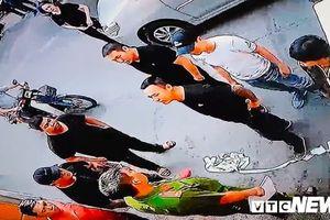 Nhóm côn đồ mang cưa máy, dầu nhớt đến 'khủng bố' nhà dân ở TP.HCM