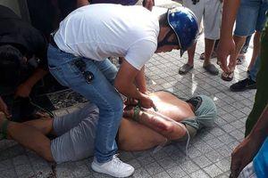 Nữ sinh viên năm 3 lao thẳng xe máy, bắt tên cướp giật trên đường phố Sài Gòn