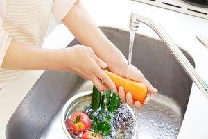 9 thực phẩm bạn đang rửa không đúng cách