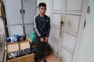 Chủ shop quần áo đi trộm cắp trong đêm