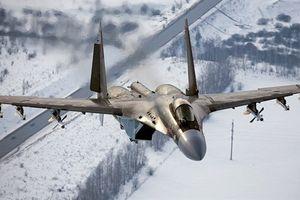 Su-35 bỏ xa F-22 ở nhiều chỉ số
