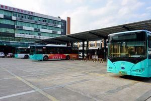 Thâm Quyến thay toàn bộ xe buýt chạy bằng điện