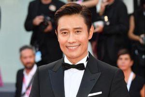Mặc scandal ngoại tình, Lee Byung Hun vẫn thành công nhất xứ Hàn