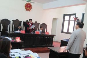 Tòa tuyên hủy quyết định thu hồi bằng tiến sĩ của Bộ Giáo dục