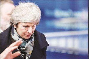 Con đường gập ghềnh đón đợi Thủ tướng Anh Theresa May