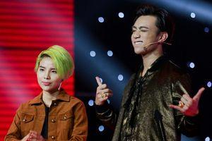 Vũ Cát Tường vừa khen Anh Tuấn giống mình, Soobin vội hỏi học trò: 'Con còn thích chú không?'