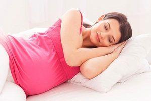 Từng quý thai kỳ, phải biết 'mánh' mới có thể ngủ ngon