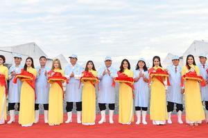 Thủ tướng thăm mô hình sản xuất cá tra giống công nghệ cao ở An Giang