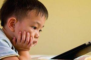 Trẻ em nhìn màn hình điện tử nhiều bị ảnh hưởng không tốt tới não bộ