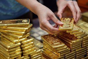 Chờ tín hiệu từ FED, giá vàng quay đầu giảm