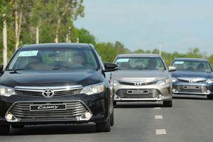 Toyota Camry vẫn là mẫu sedan hạng D ăn khách nhất tại Việt Nam