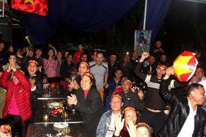 Vỡ òa cảm xúc khi Việt Nam vô địch