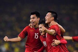 Bạn biết gì về hit quốc dân 'Việt Nam ơi' sau chiến thắng của tuyển VN