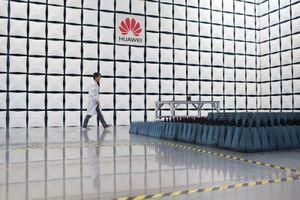 Huawei cạn kiệt 'đồng minh' ở châu Âu