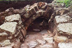 Phát lộ kiến trúc nguyên gốc cụm lăng vua Đồng Khánh