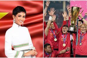 DẤU ẤN THẬP KỶ: Việt Nam đã vô địch AFF Cup, còn gì tuyệt hơn nếu H'Hen Niê intop Miss Universe sáng mai!