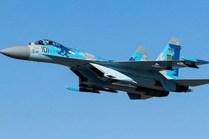 Su-27 của không quân Ukraine bất ngờ bổ nhào xuống đất, phi công thiệt mạng