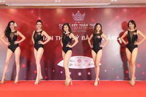 Quý bà Việt 'đọ' dáng bốc lửa trong phần thi bikini
