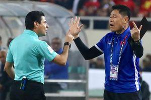 Danh tính trọng tài đẳng cấp World Cup liên tục rút thẻ vàng với các tuyển thủ Việt Nam