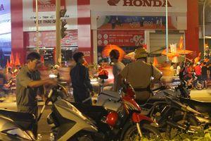 TP.HCM: Tạm giữ nhiều phương tiện vi phạm giao thông trong đêm 'đi bão'