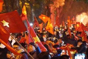Hát vang khúc ca mừng chiến thắng của Đội tuyển Việt Nam