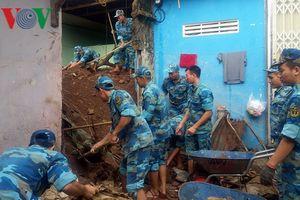 Học viện Hải quân: Tiếp tục giúp đỡ nhân dân khắc phục hậu quả lũ lụt