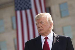 Tổng thống Trump lo bị 'cô lập' bên trong Nhà Trắng