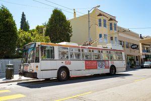 Tất cả xe buýt ở California sẽ không phát thải vào năm 2040