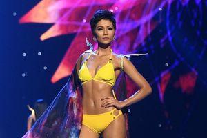 Màn trình diễn áo tắm nóng bỏng của H'Hen Niê và Top 10 Miss Universe