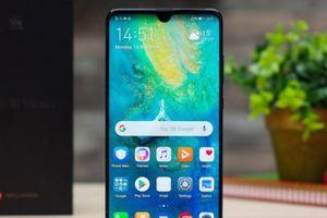 Muôn kiểu thiết kế smartphone 2018, 'độc và lạ'