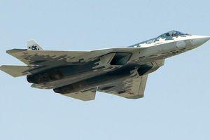 Phó Thủ tướng Nga khoe khéo loạt 'bảo bối' mới Moscow dùng ở Syria