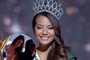 Đài truyền hình Pháp bị chỉ trích vì quay ngực trần của các thí sinh Hoa hậu