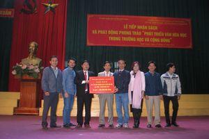 Tặng sách trị giá lên đến gần 1,5 tỉ đồng cho Hà Tĩnh