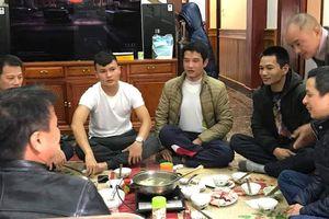 Tiền vệ Quang Hải trở về nhà sau hào quang AFF Cup