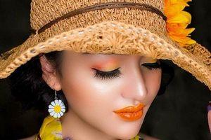 'Vinh quang' hay 'Cay đắng' - Những góc khuất của nghề Make up không phải ai cũng biết