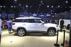 Cận cảnh xe 'nhái' Range Rover, giá 658 triệu