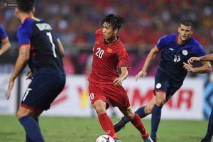 Báo Trung gọi Văn Đức là Ronaldo của Việt Nam, khen bạn gái tin đồn 'thuần khiết như tiên nữ hạ phàm'