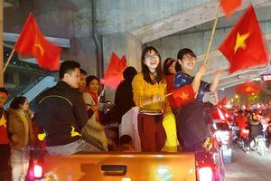 Hà Nội không xảy ra tai nạn, đua xe trong đêm 'đi bão'