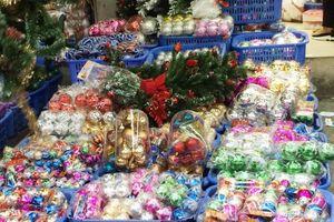 Thị trường Noel bán sướng tay nhờ thời tiết