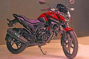 Mổ xẻ xe mô tô siêu rẻ Honda X-Blade ABS