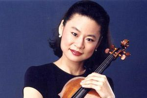 Nghệ sĩ violin danh tiếng thế giới Midori sẽ biểu diễn tại Tuyên Quang