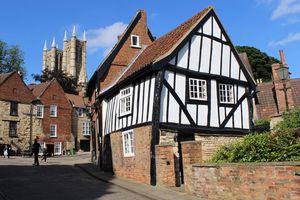 Lincoln, thành phố có lễ hội xúc xích Lincolnshire nổi tiếng ở Anh
