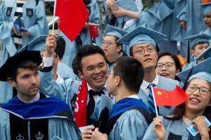 Du học sinh Trung Quốc tại Mỹ 'ngột ngạt' giữa bão căng thẳng?