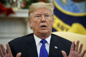 Tuần cuối năm đầy sóng gió của Tổng thống Trump