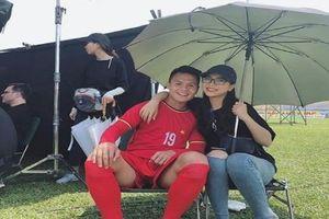 Dân mạng nghi vấn chuyện sứt mẻ tình cảm giữa Quang Hải và bạn gái