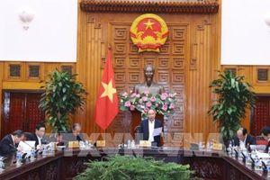 Thủ tướng Nguyễn Xuân Phúc chủ trì cuộc họp Tiểu Ban Kinh tế-Xã hội