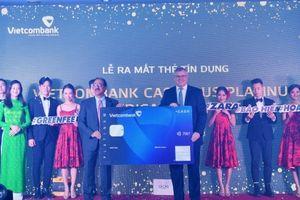 Vietcombank và American Express ra mắt thẻ cao cấp ưu đãi hoàn tiền không giới hạn